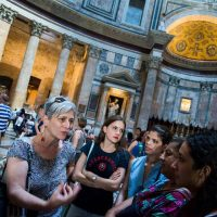 Visiting the Pantheon, Torre di Babele, Rome